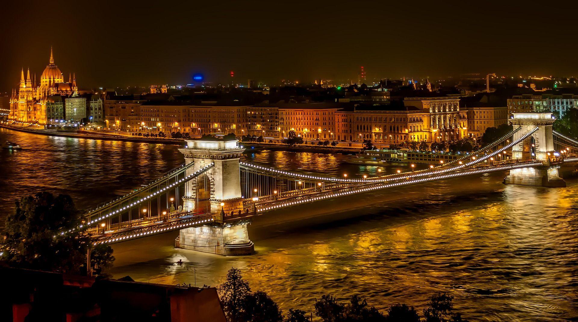 Revelion la Budapesta, cazare la Baros City Hotel