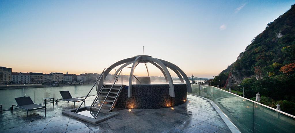 Rudas Thermal Bath & Restaurant